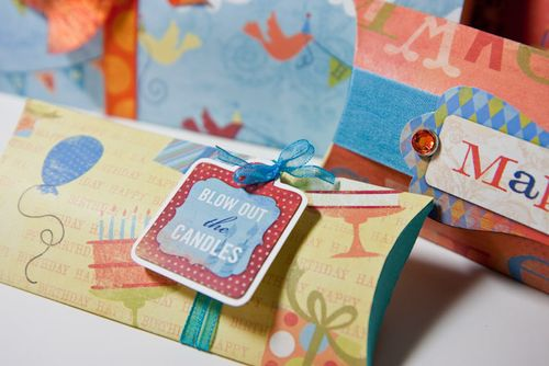Pillow Birthday boxes-2