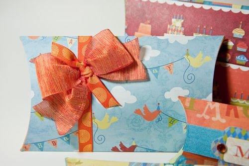 Pillow Birthday boxes-5