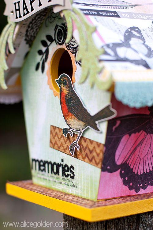 5-Birdhouse-Robin