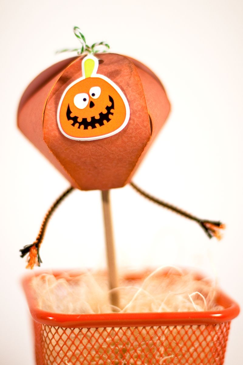 HalloweenTreatPops-1