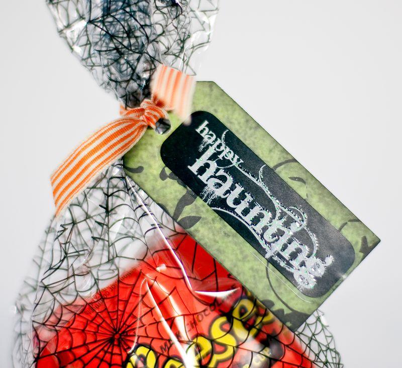 Halloween tags-3