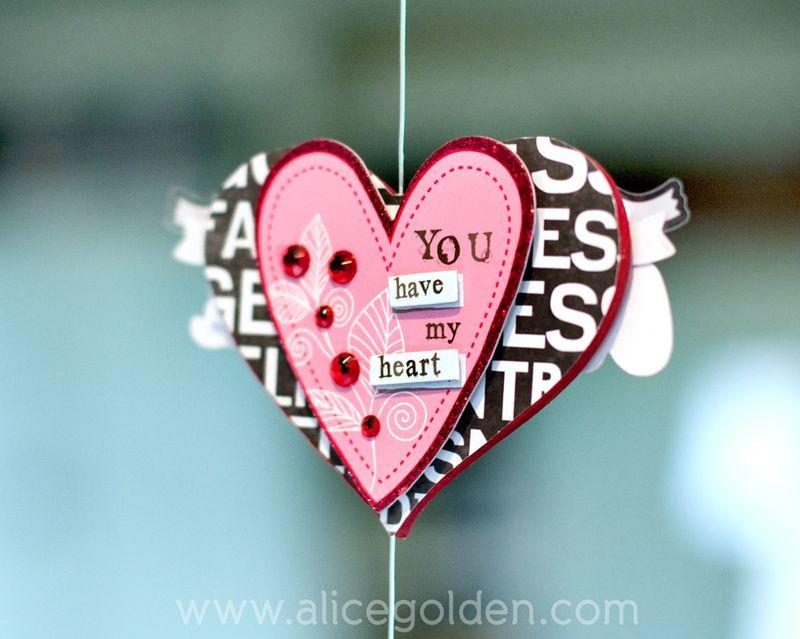 Alice-Golden-Mambi-Valentine's-Day-Garland-7
